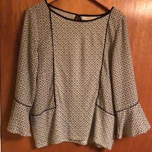 LOFT Black/White blouse - flared sleeves - Size M